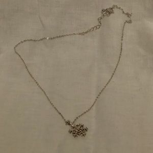 Jewelry - Silver Snowflake Necklace with clear stone